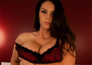 Alison Tyler Red In Bed