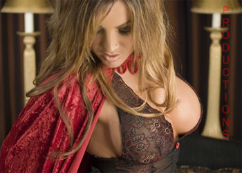Angelina Bella