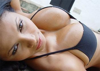 Carla Lazona Model