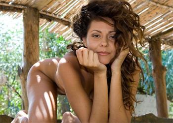 Erotic Chiara
