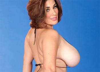 Elaina Gregory