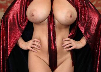 Ewa Sonnet Lil Red Riding Hood