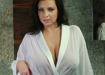 Ewa Sonnet Bathrobe Boobs