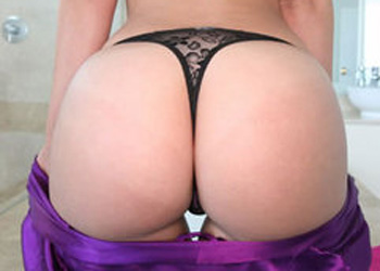 Jada Stevens Perfecy Booty
