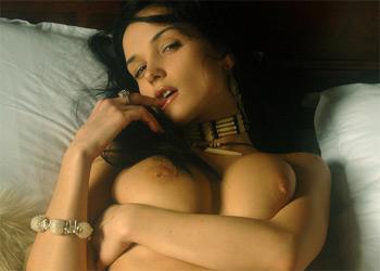 Busty Jenya