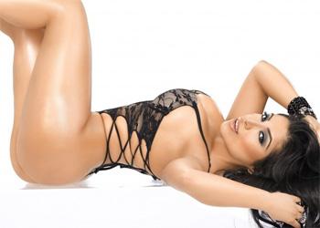 Jessenia Vice Showgirl
