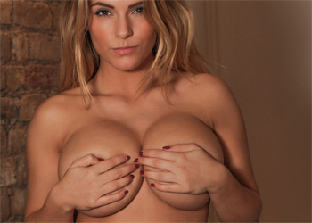 Jessica Kingham Big Boobs