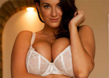 Joey Fisher Curvy