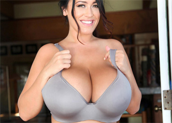Leanne Crow Grey Bra Boobs