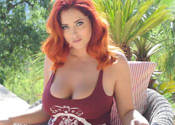 Lucy Vixen Pool Babe