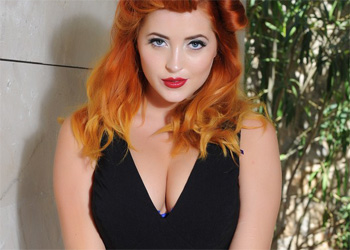 Lucy Vixen Pinup Style