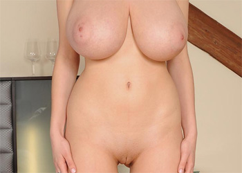Lucy Wilde Huge Tits