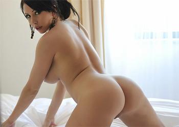 Nina Leigh