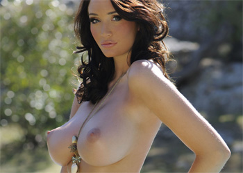 Peta Todd Topless Beauty
