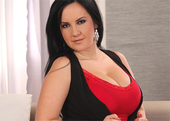 Roxana DDF Busty Red and Black