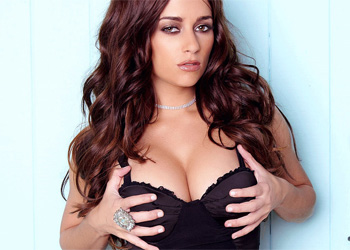 Taylor Vixen Blue Door
