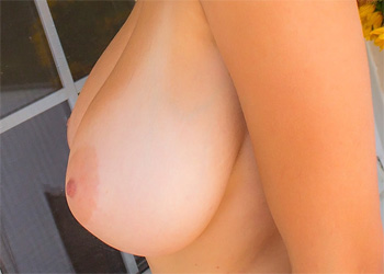 Tessa Fowler Business Boobs