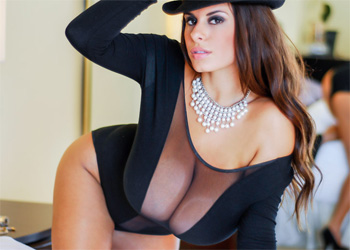 Wendy Fiore Pearls N Hat